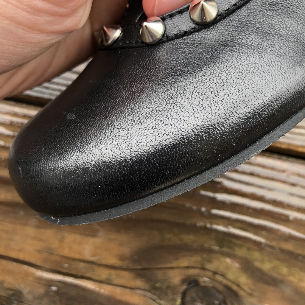 A closeup of invisible stitching on the Zaqq barefoot ballet flat.