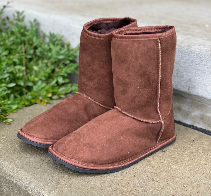 A close up review of the Zeazoo Kids Dingo Barefoot sheepskin boots for adults.