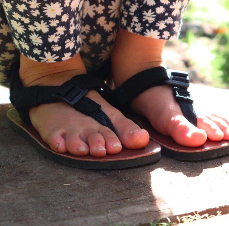 Shamma barefoot big kids affordable sandals
