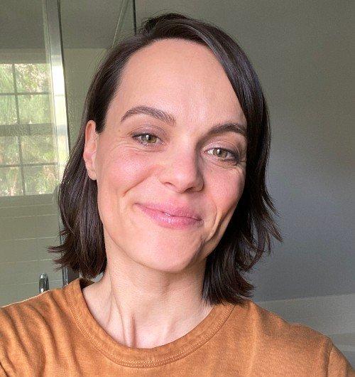 Alison Vega Headshot